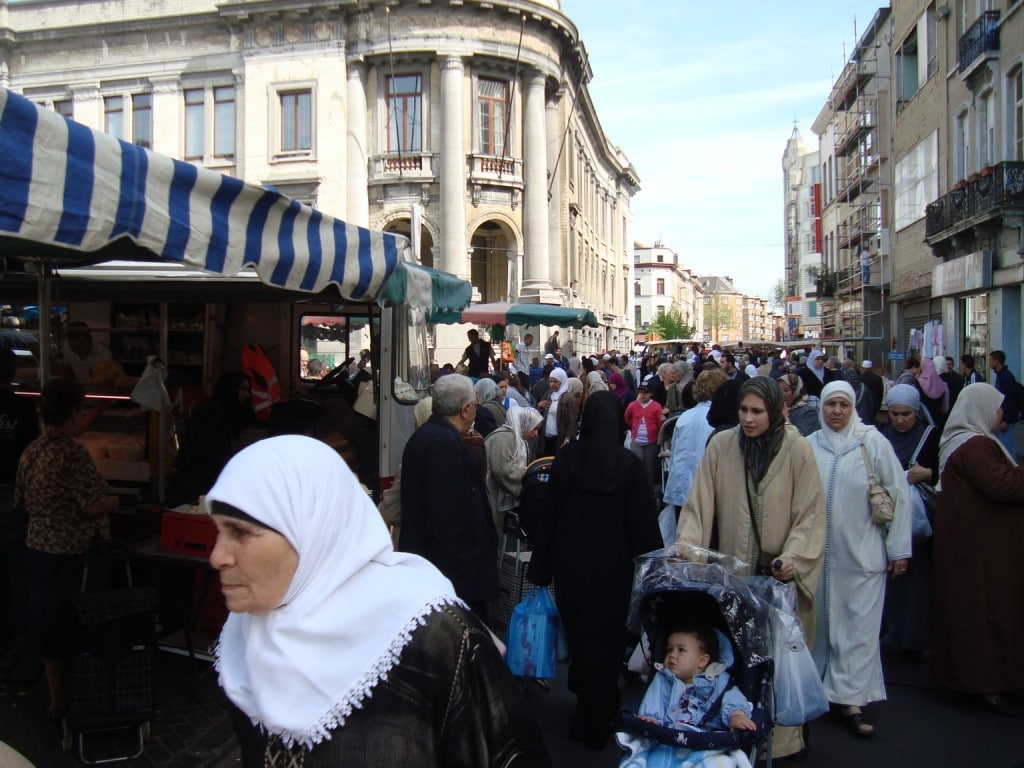 Molenbeek, quartiere di Bruxelles (da http://sgtalk.org/mybb/Thread-Welcome-to-Molenbeek-the-jihadi-nest-at-heart-of-Europe)