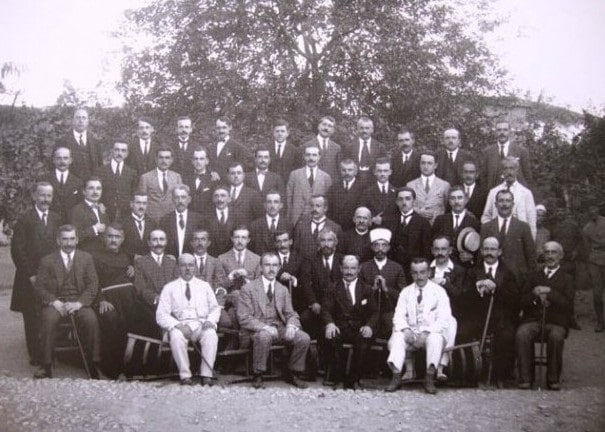 I delegati del congresso di Lushnjë
