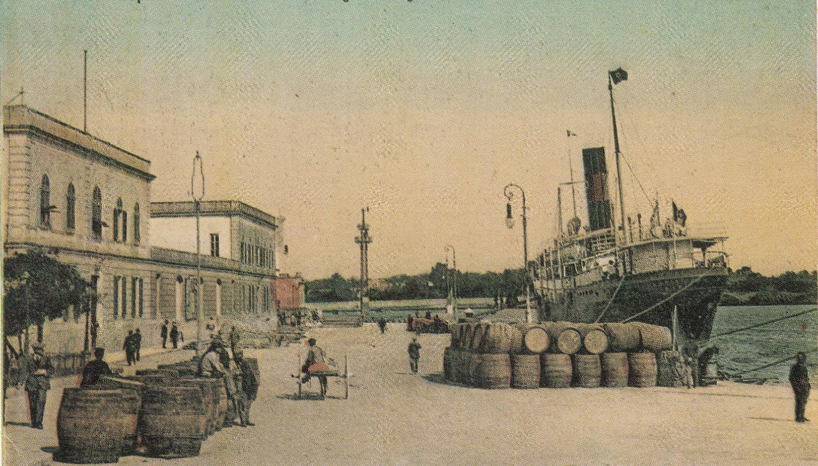 Brindisi 1918, Capitaneria del porto