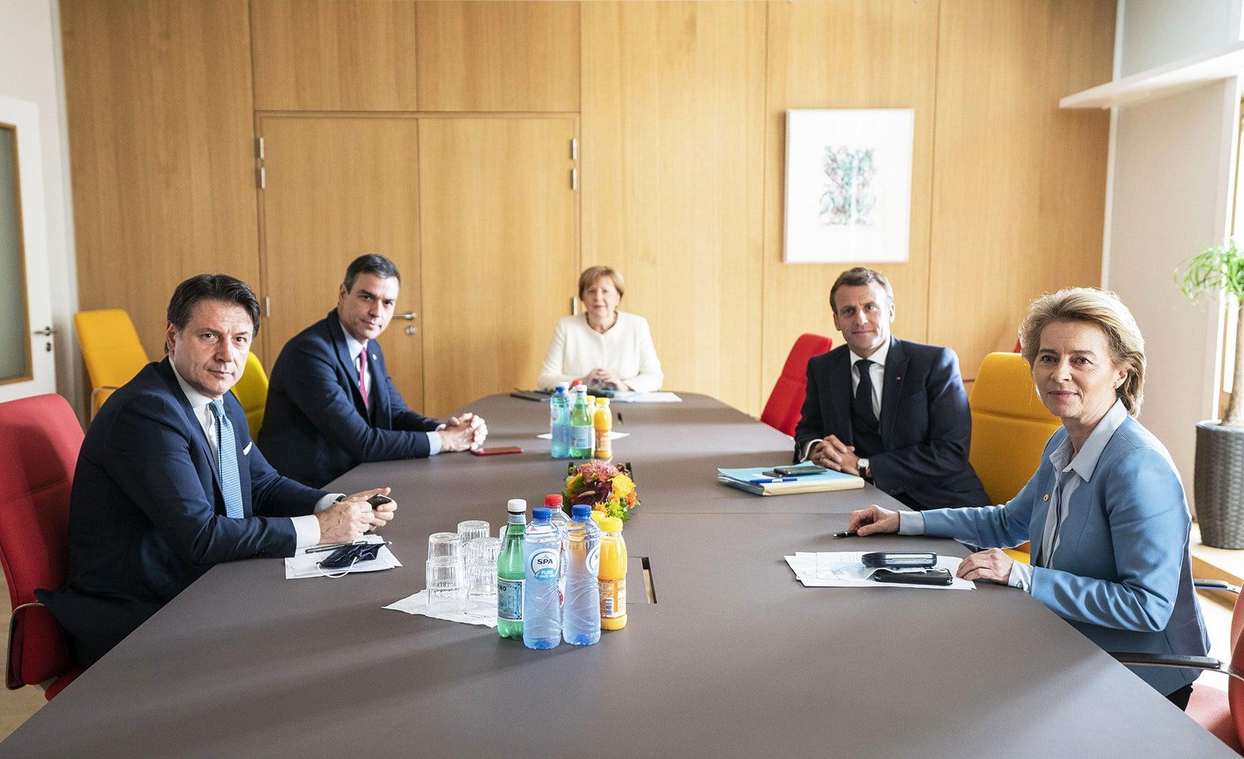 Giuseppe Conte Pedro Sanchez Angela Merkel Emmanuel Macron e Ursula von der Leyen