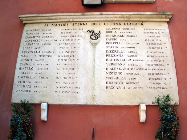 Sacrario del Martinetto, a Torino, in corso Svizzera, sorge nel luogo dove, tra il settembre del 1943 e l'aprile del 1945, furono eseguite molte condanne a morte di partigiani e oppositori politici