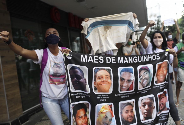 Brasile violenze proteste